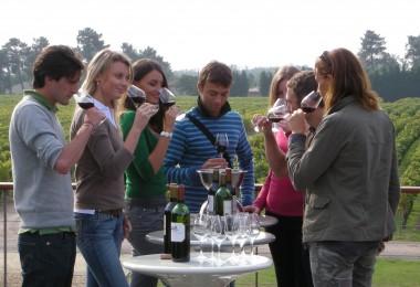 visite-et-degustation-d-un-cru-de-appellation-haut-medoc-au-chateau-paloumey