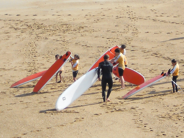initiation-perfectionnement-au-surf-sur-la-cote-basque