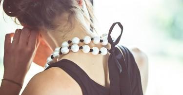 decouverte-du-dernier-fabricant-de-perles-nacrees