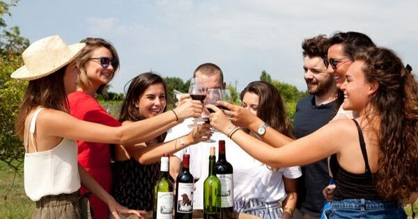 Jeu de piste dans un domaine viticole à Bordeaux