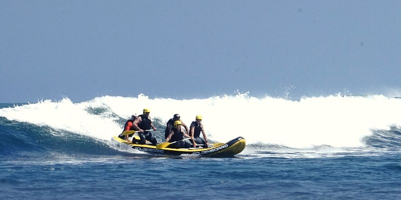 Wave rafting