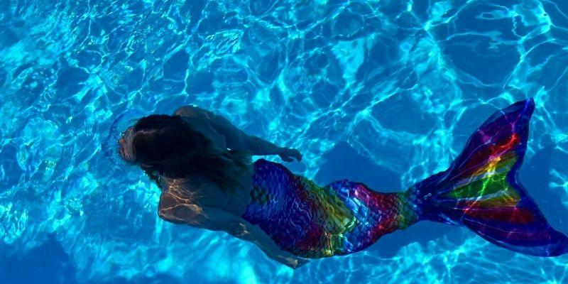 Cours de sirène en piscine